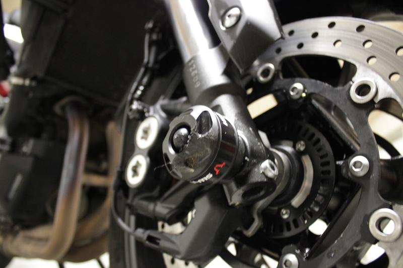 Recherche pneus neige pour MT 09 Tracer Img_3113