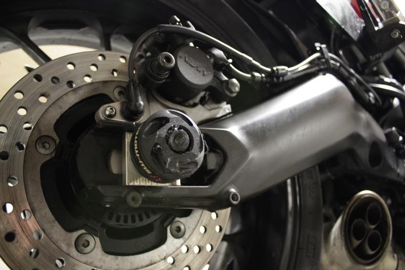 Recherche pneus neige pour MT 09 Tracer Img_3114