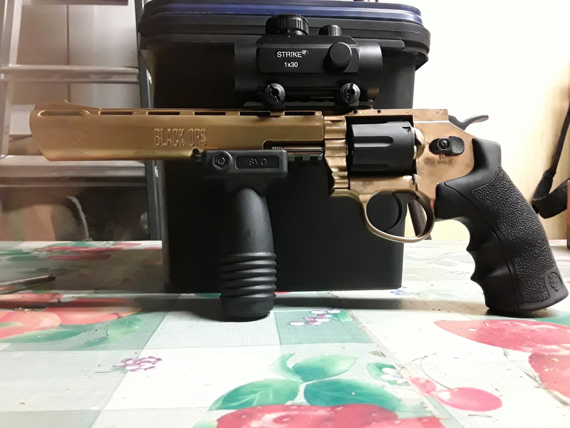 "Revolver Black ops 8"" gold custom 14837710"