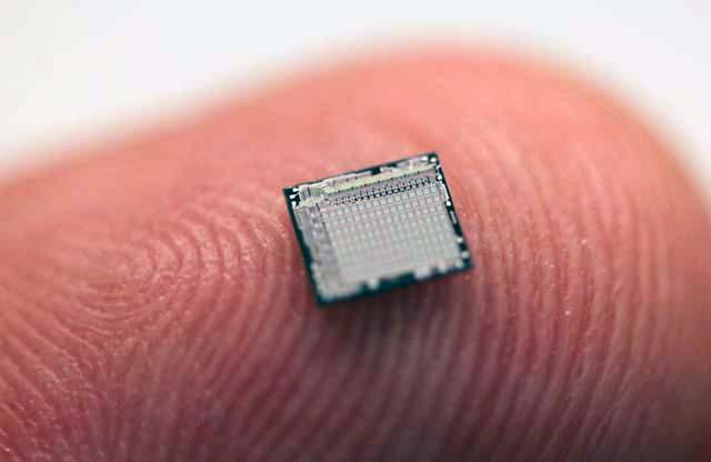 Item : Nanomytes Comput10