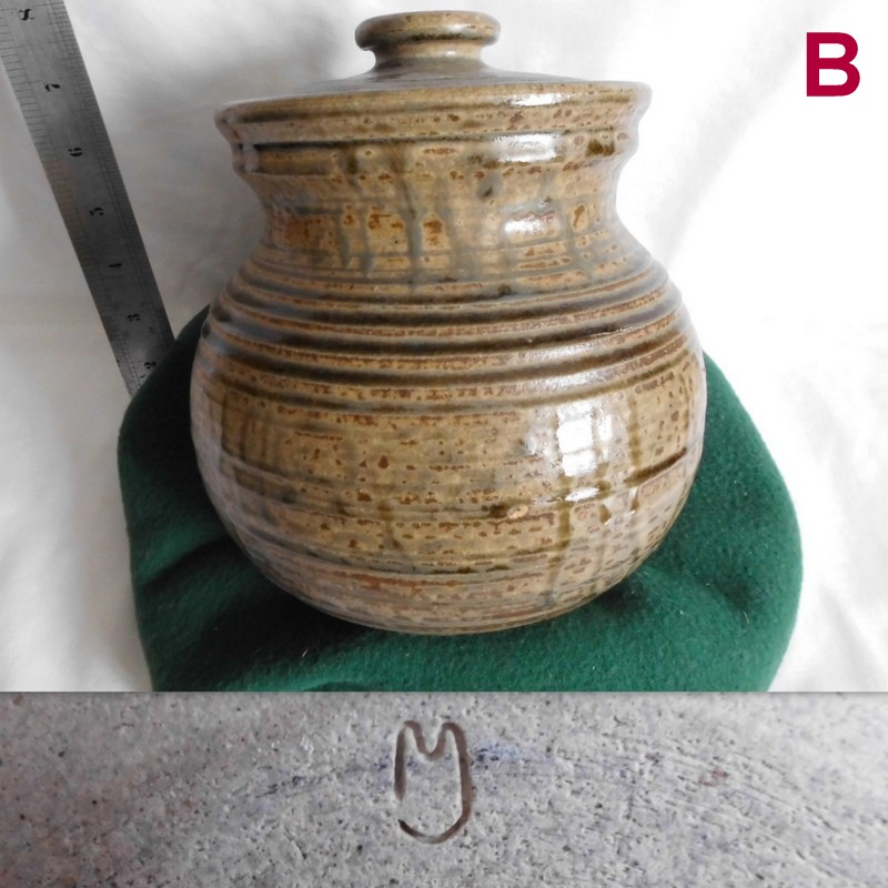 marks - Does anyone recognise these potters marks. B_larg10