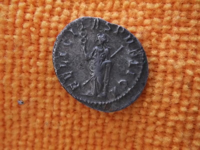confirmation id Trebonien - Galle  RIC 33 Trebon11