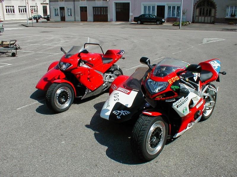 Vos plus belles photos de moto - Page 12 Rsv_gs10