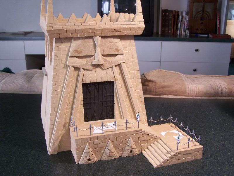 Quelques exemples de forteresse des Nians Infernaux 100_2910
