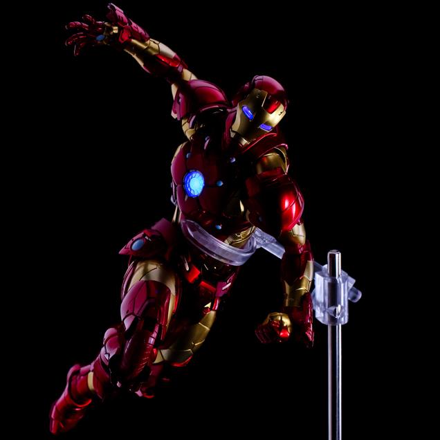 Iron Man #01 Bleeding Edge Armor/Sentinel 14_iro18