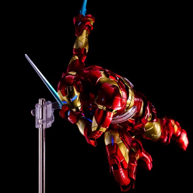 Iron Man #01 Bleeding Edge Armor/Sentinel 14_iro21