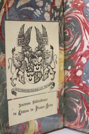 Livres aux armes sur abebooks Md258711