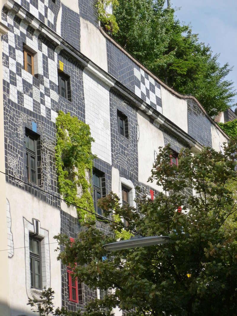 Friedrich Stowasser  dit Friedensreich Hundertwasser Vienne14