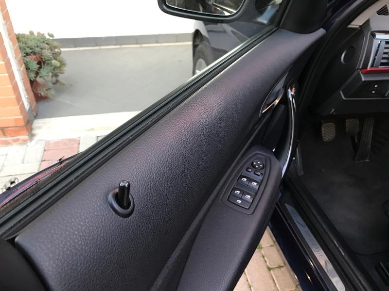 Macchia sudore su pannello porta BMW Img_0510