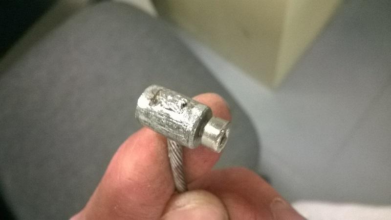 Comment réparer son câble d'embrayage. Wp_20134