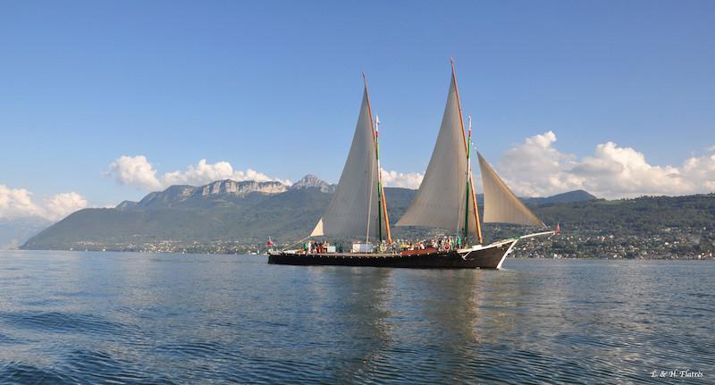 Exposition sur les barques du Léman et voiles latines à EVIAN LES BAINS  du 8 Avril au 5 Novembre 2017 - Rassemblement des barques les 24 et 25 Juin 2017 Photo_10