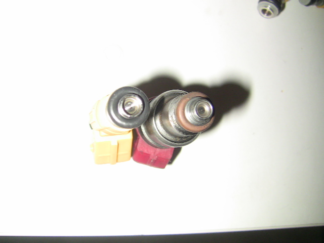injecteur bosch swap, pour modèle essence Img_8058