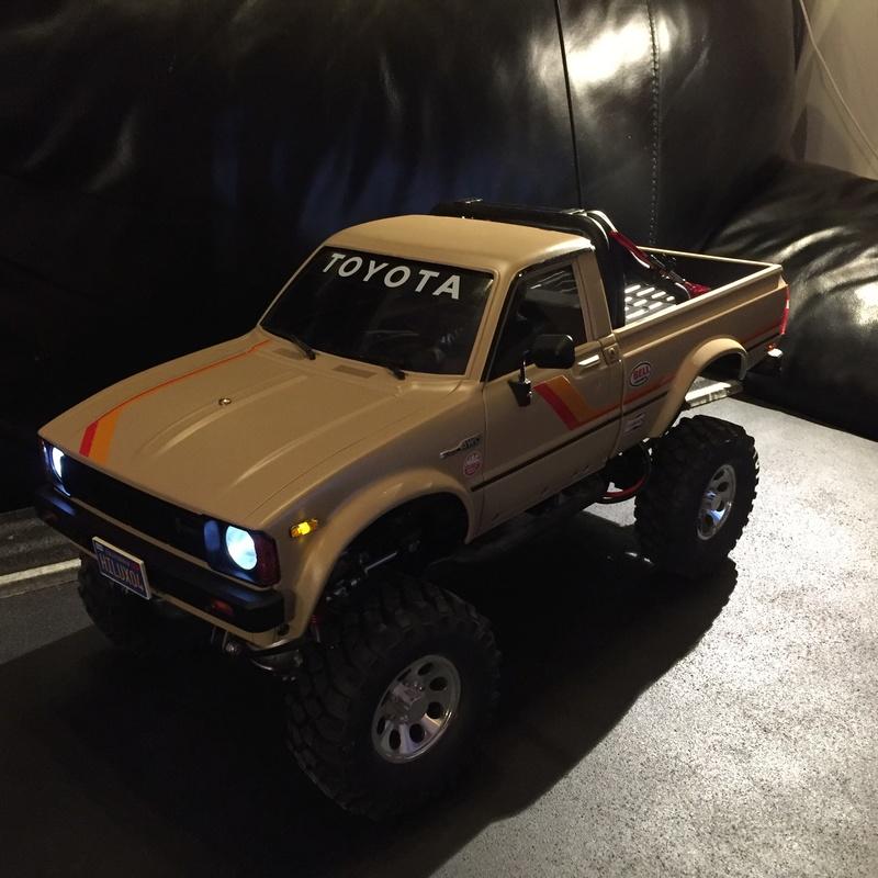 Toyota Hilux Highlift Tamiya Photo_17