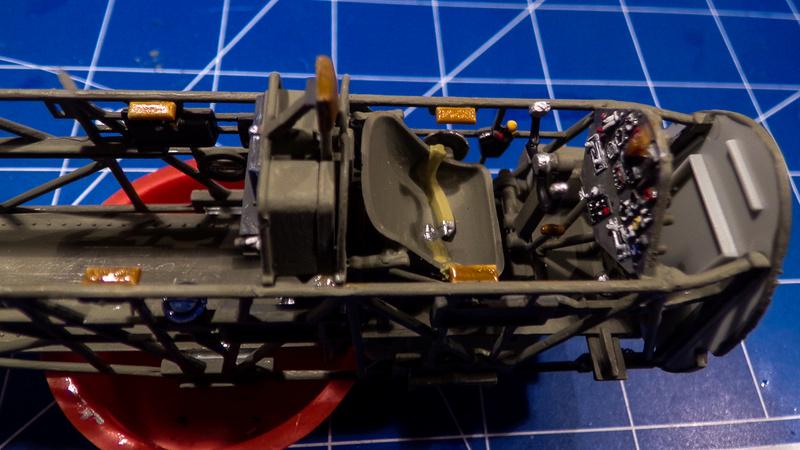 Arado Ar- 196A-3 au 1/32ème de Revell  113_0514