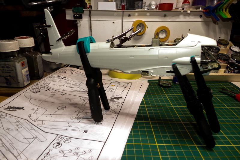 Arado Ar- 196A-3 au 1/32ème de Revell  113_0616