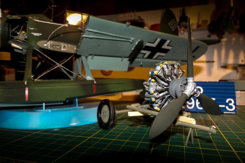 Arado Ar- 196A-3 au 1/32ème de Revell  113_0619