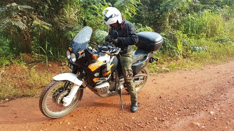 Amoureux fou de mon Africa Twin 750 RD04 Whatsa10