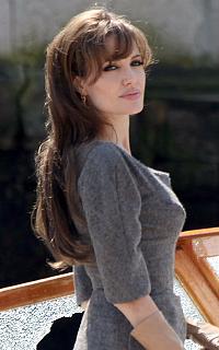 Angelina Jolie avatars 200x320 pixels Pimagi12