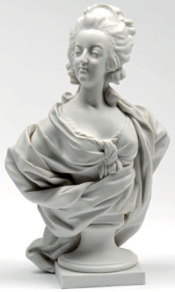 A vendre: bustes Marie Antoinette - Page 6 23062110