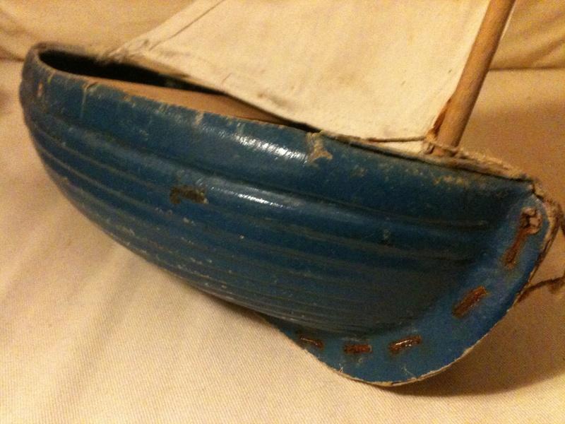 deux petits bateaux en carton bouilli Img_1913