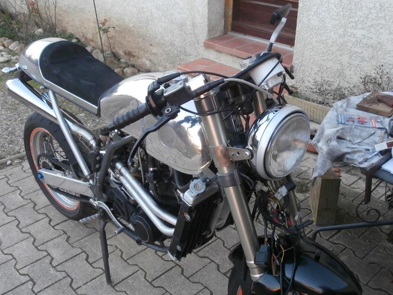 KTM DUKE CAFRA P1050113
