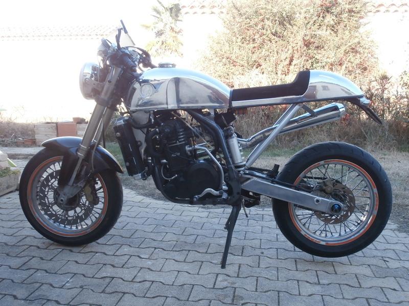 KTM DUKE CAFRA P1070111
