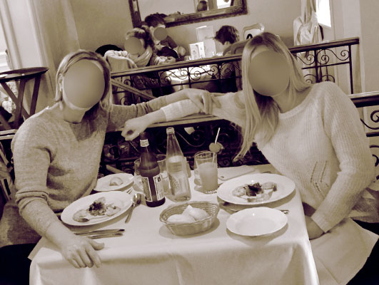 Un Noël féerique entre mère et fille au Castle Club [TR terminé] - Page 2 Photo411