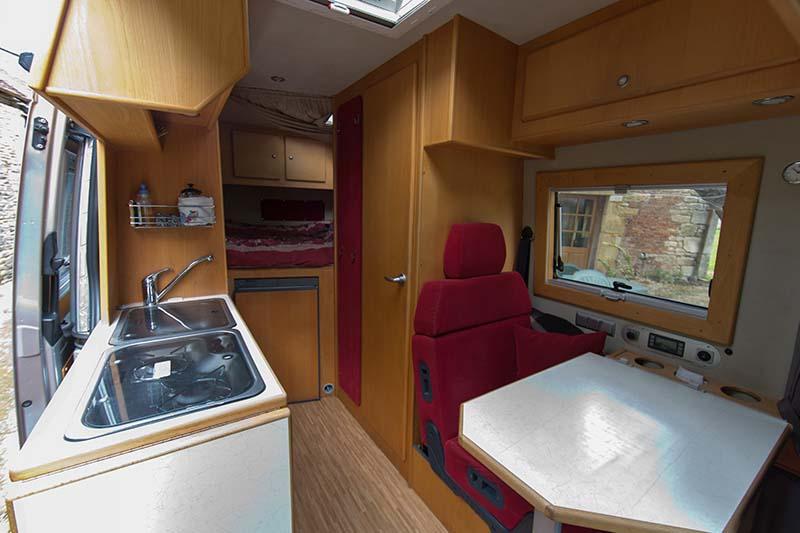 """Présentation de """"Jumbo"""" Independent Mercedes Sprinter 4x4 - Préparation et voyages Amenag11"""