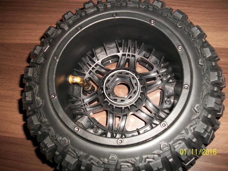 Trencher - Montage pneus Trencher Proline  100_2910