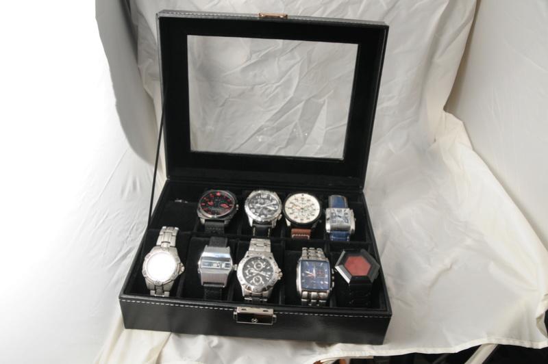 [SUJET UNIQUE] écrin, boîte ou coffret pour ranger les montres... tome II Dsc_0213