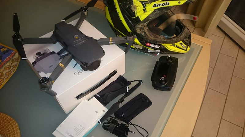 Après la caméra embarqué, le drone! ;) Dsc_0010