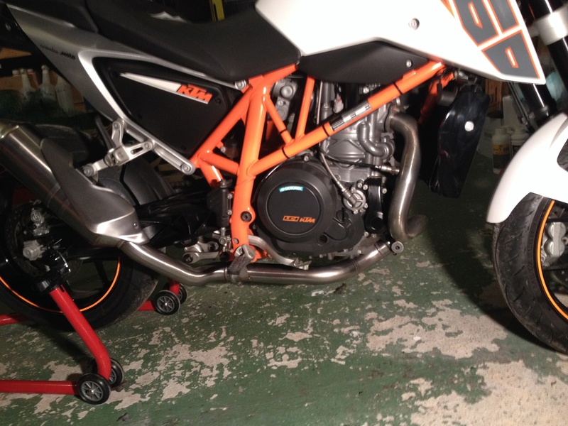 Quelles précautions prendre changement de silencieux KTM 690 Duke 4 2013  Img_0010
