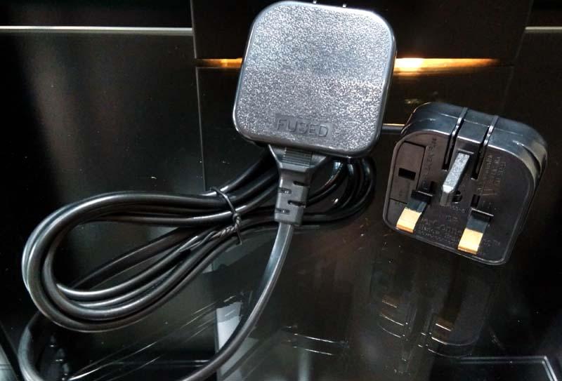 2-Pin Euro Plug to 3-Pin UK Mains Adapter 2pin_a13