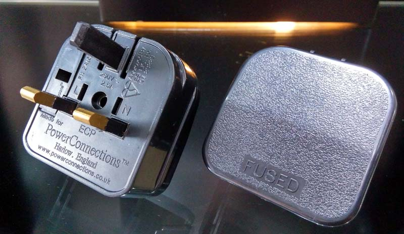2-Pin Euro Plug to 3-Pin UK Mains Adapter 2pin_a15