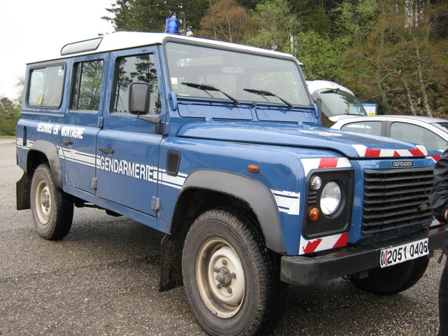 Defender 110 Gendarmerie Nationale 18aeac10