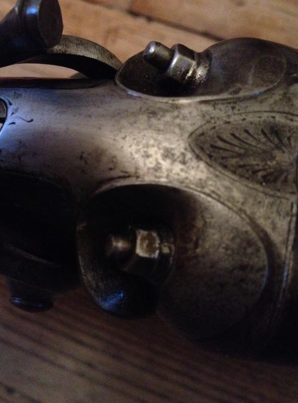 un vieux fusil pour aller a la chasse Img_0013