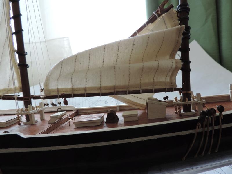 Bluenose de Billing's Boat 1:65 Dscn0133