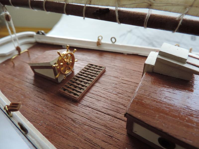 Bluenose de Billing's Boat 1:65 Dscn0140