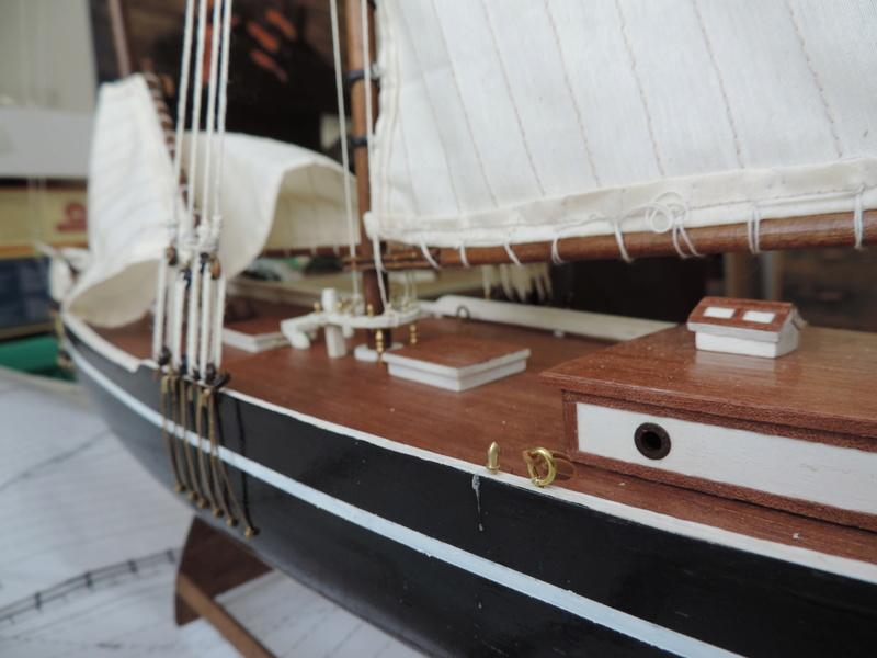 Bluenose de Billing's Boat 1:65 Dscn0142