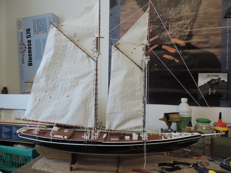 Bluenose de Billing's Boat 1:65 Dscn0147