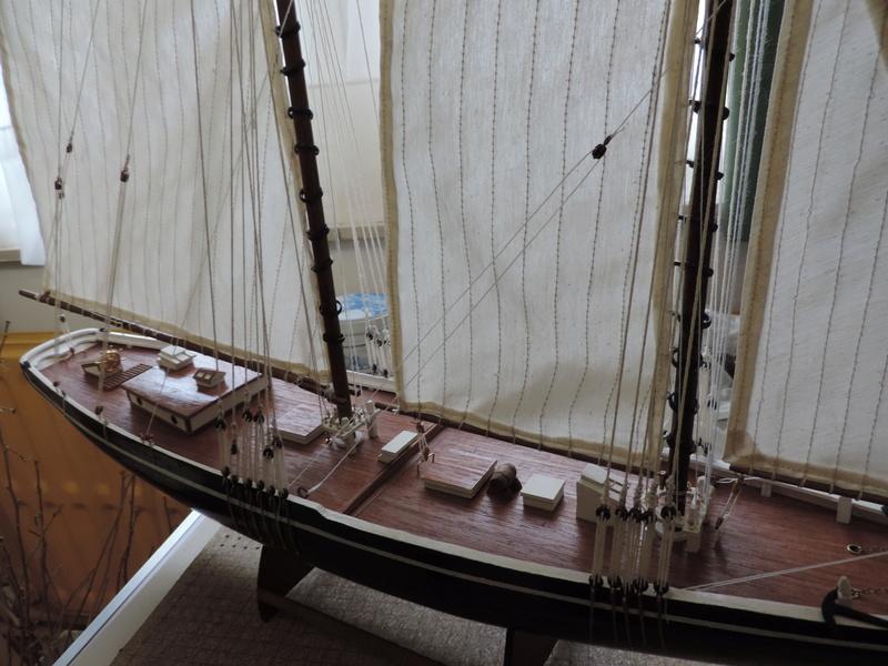 Bluenose de Billing's Boat 1:65 - Page 3 Dscn0158