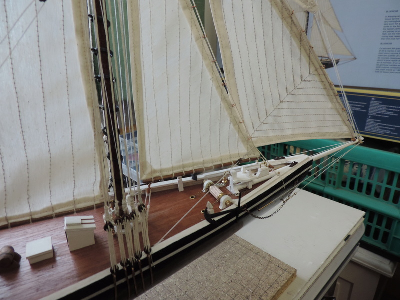 Bluenose de Billing's Boat 1:65 - Page 3 Dscn0159