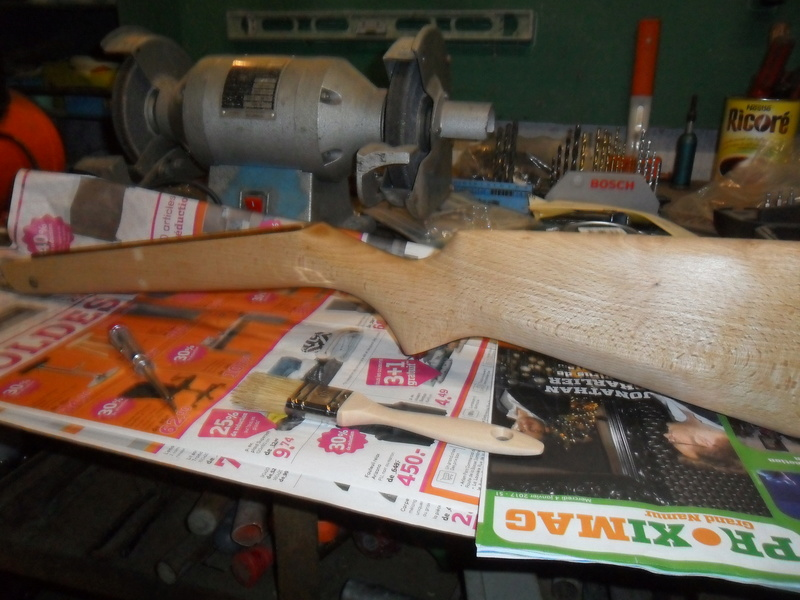 Carabine à plomb Diana 24 rénovation - Page 3 Sam_7147