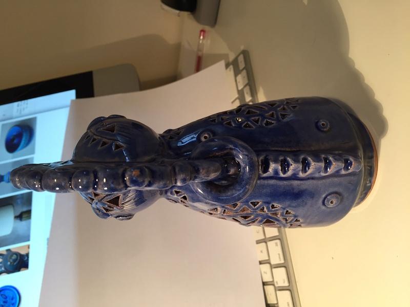 Strange pottery figure? Img_1226