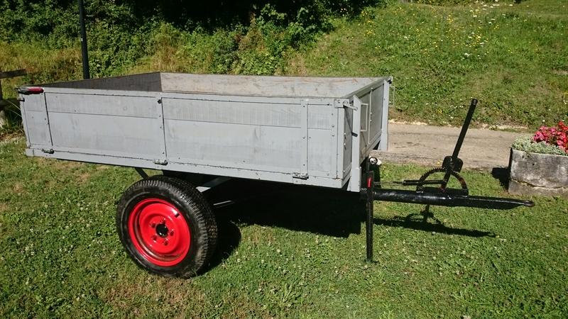 remorque - ( Vends ) Remorque pour petit tracteur Dsc_0010