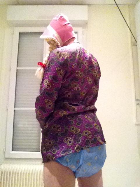 Elisabeth en blouse nylon Img_3910
