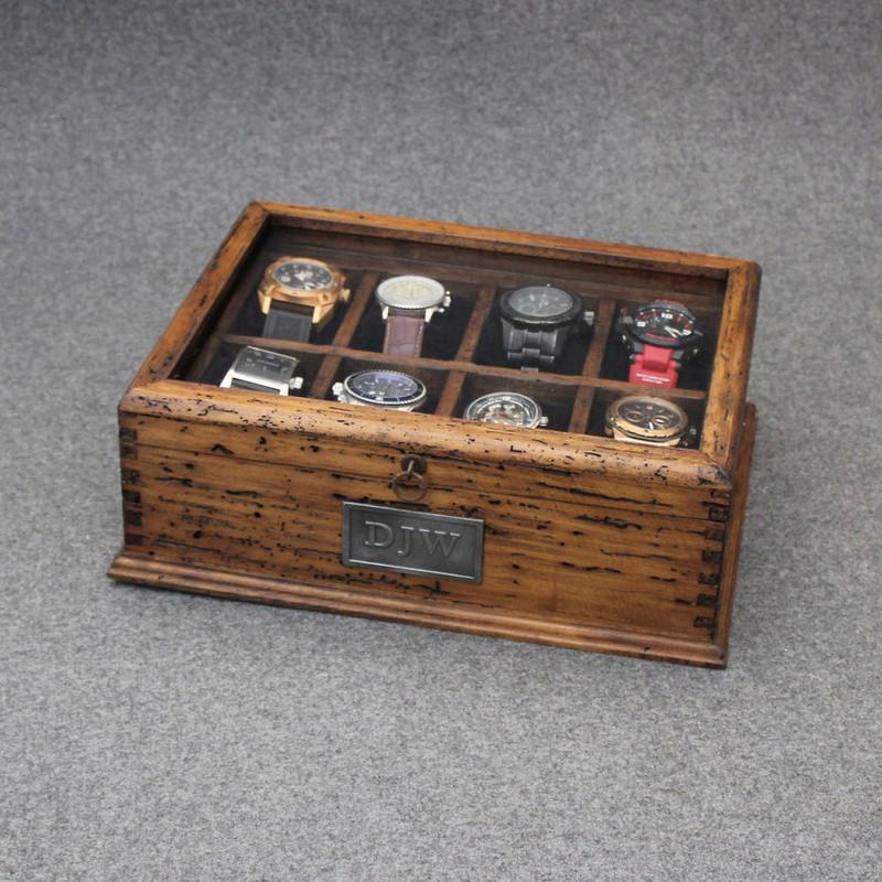 [SUJET UNIQUE] écrin, boîte ou coffret pour ranger les montres... tome II Box210