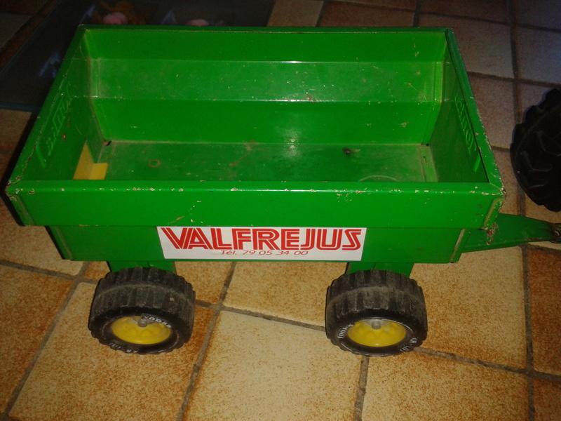 Tracteur TONKA 2011-058