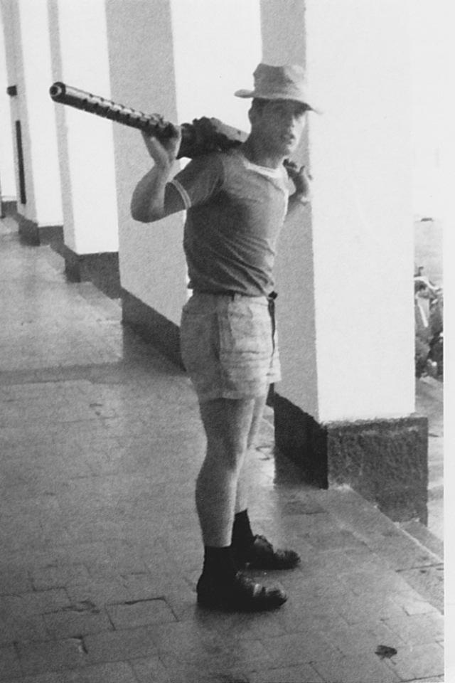 [ Recherches de camarades ] Recherche camarade Bernard BROCHEN UM Diego-Suarez 68/69 Bernar11