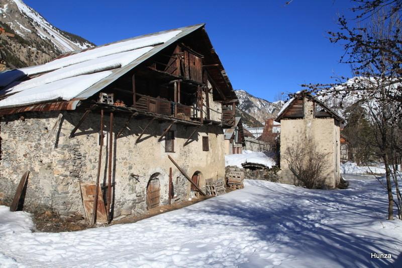 Névache et la vallée de la Clarée en hiver Img_4610
